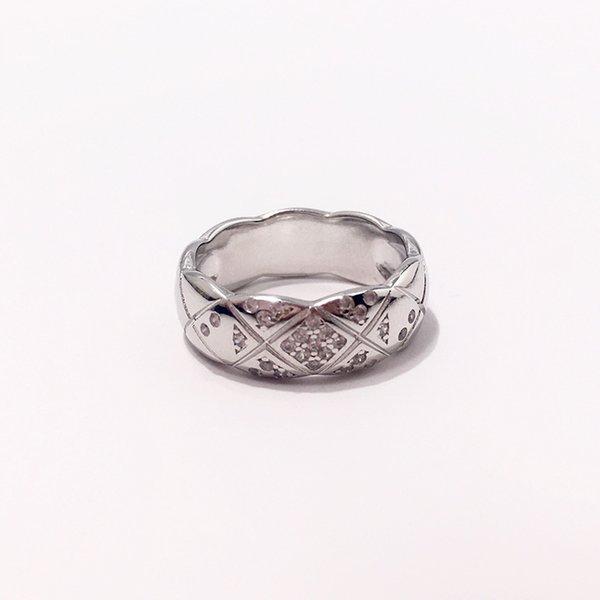 anello di platino stretto