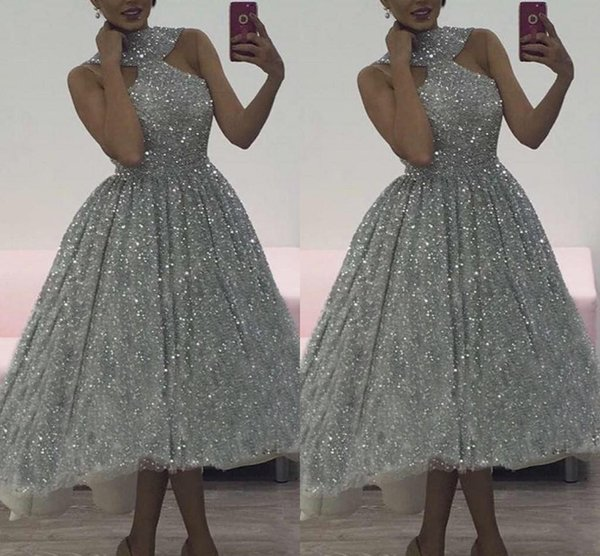 Charming Silver Sequins Prom Dresses High Low 2019 Halter Sleeveless Fitting Tea Length Glitter Cocktail Party Dresses Plus Size Homecoming