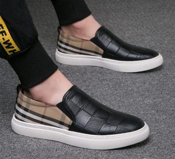 Nuevo estilo Hombres Funda de lona de grano Casual Conducción Oxfords Zapatos Mocasines Mocasines Italianos Hombres Pisos negro blanco tamaño 38-44 BM