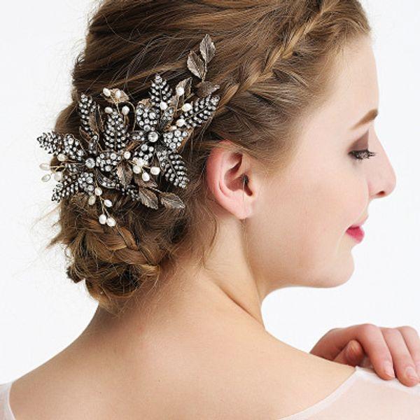 2019 European New Boutique Bridal Wedding Headwear / Handmade Flower Insert Comb / Hot Sale Bridal Rhinestone Leaf Metal Hair Accessories