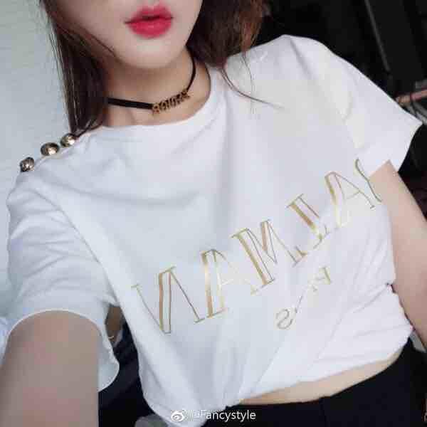 Été nouveau style bouton d'or estampage à chaud lettre T shirt coton de mode simple manches courtes femmes été