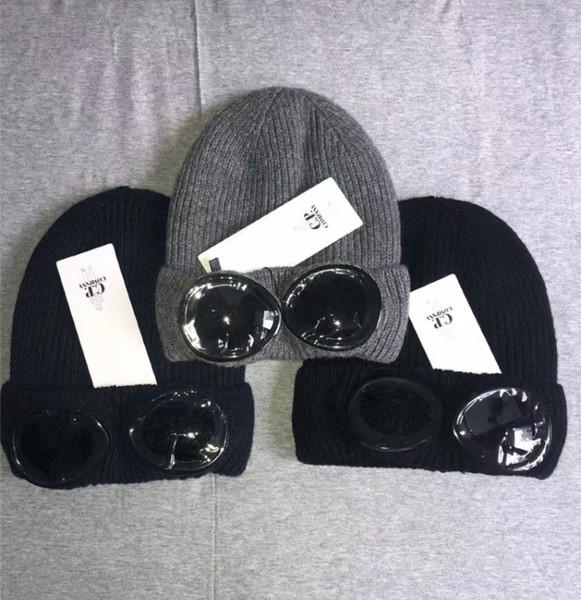 Deux verres CP COMPANY tuques chapeaux automne chaud d'hiver tricoté crâne épais chapeaux lunettes de chapeau CP tuques