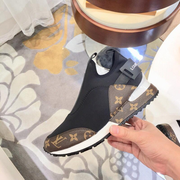 best selling 2019w top luxury designer striped men and women casual shoes high quality couple shoes fashion wild men and women sports shoes