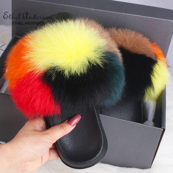 Sechs Farben Fuchspelz
