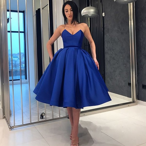 Short Blue Prom Dresses 2019 Strapless Sleeveless Ball Gown Evening Gowns Cheap Cocktail Party Homecoming Dress