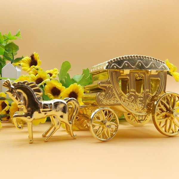 1 Pcs Kawaii Cinderella Carriage Wedding Favor Boxes Candy Box Casamento Wedding Favors And Gifts Event & Party Supplies