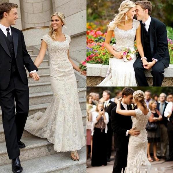 Mode t lace applique country wedding dre e 2019 cap leeve wedding dre coop neck button back bridal gown, White