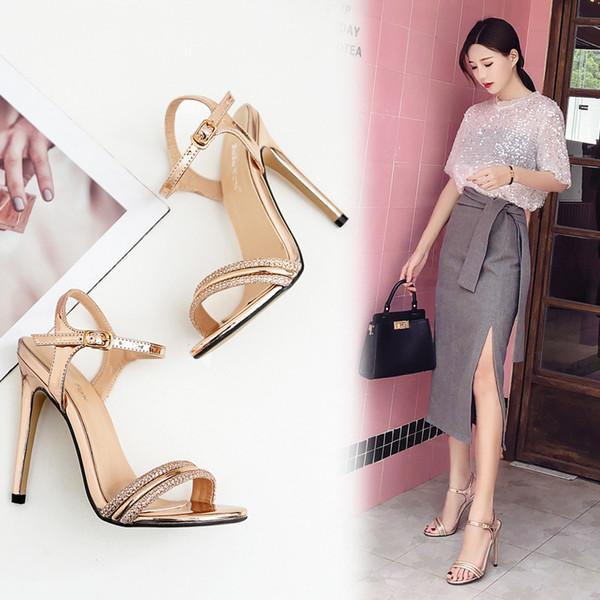 Mini2019 Hasp Light Rhinestone lujoso fino alto con sandalias de mujer Zapatos de boda 35-40