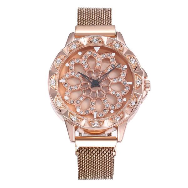 Nuova tendenza di lusso moda personalità creativa in esecuzione diamante lucido fibbia magnete Milano con orologio da polso al quarzo da donna