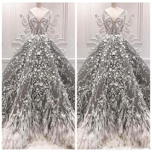 2019 nouveau gris col en V Robes Formelles Soirée Plume Occasion Spéciale Robes De Fête Celebrity Dentelle Appliques Robes De Bal Luxueux