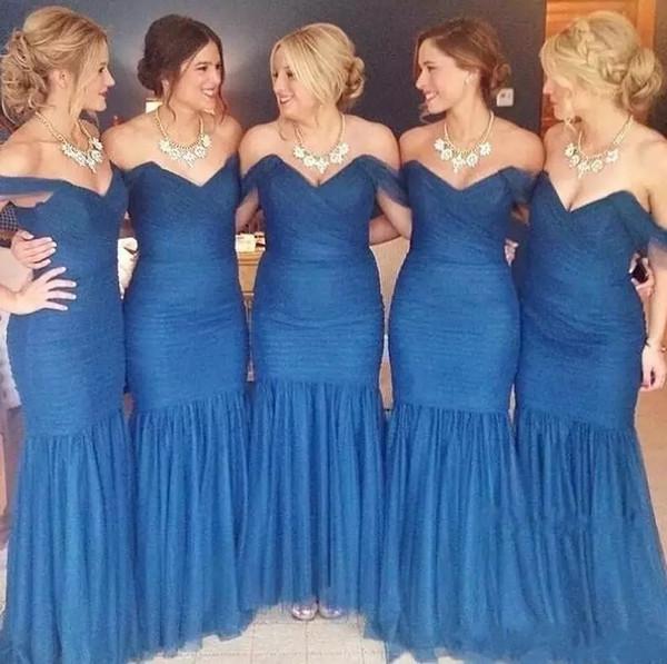 2019 Marineblau Meerjungfrau Brautjungfer Kleider Schulterfrei Bodenlangen Lange Formale Hochzeitsgast Party Kleider Garten Strand Falten Maß