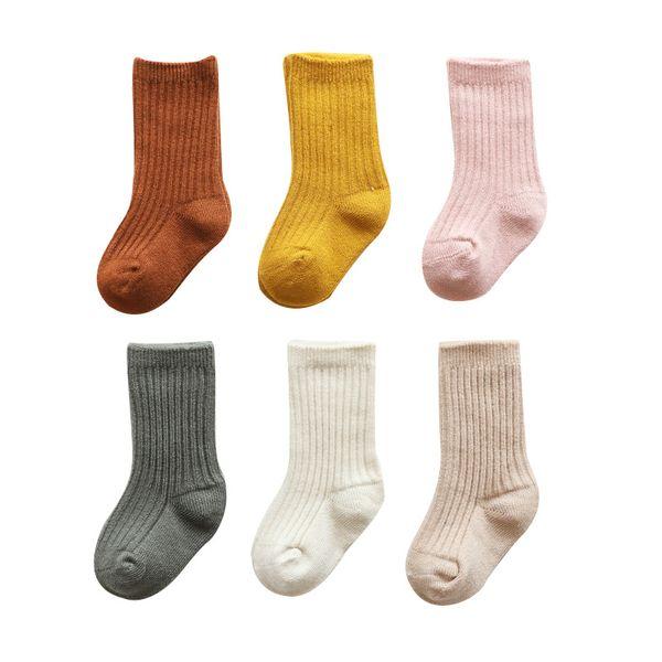 Colore solido del bambino media Calze Infant invernali Cotton Socks dei ragazzi delle neonate di Natale Striscia media Socks