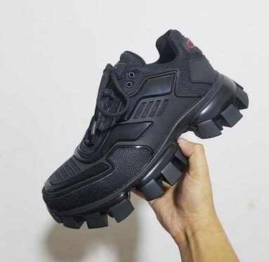 Lates P Cloudbust Thunder Lace up Sneakers Erkekler Düşük Üst Rahat ayakkabılar 19FW kapsül serisi renk eşleştirme erkek platformu Lüks sneakers ff12