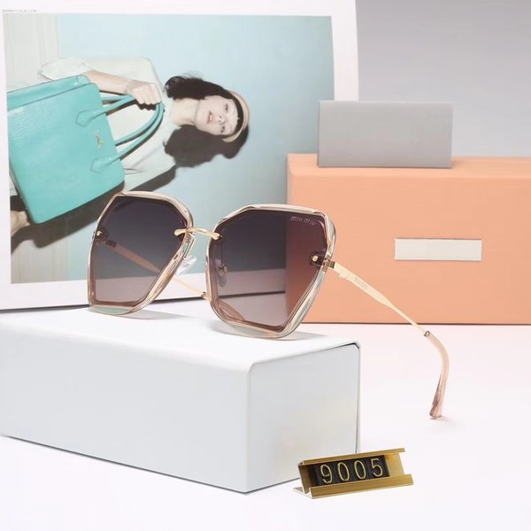 Fashionable and luxurious sunglass big frame type polarized light glasses woman drives prevent bask in sunshade lens round face shows thin f