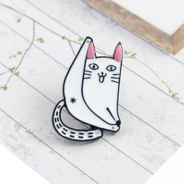 Cat forever enamel pin Cartoon white cat Lazy lying on rocking chair Cute brooch Denim shirt lapel badge Children's gift free shipping