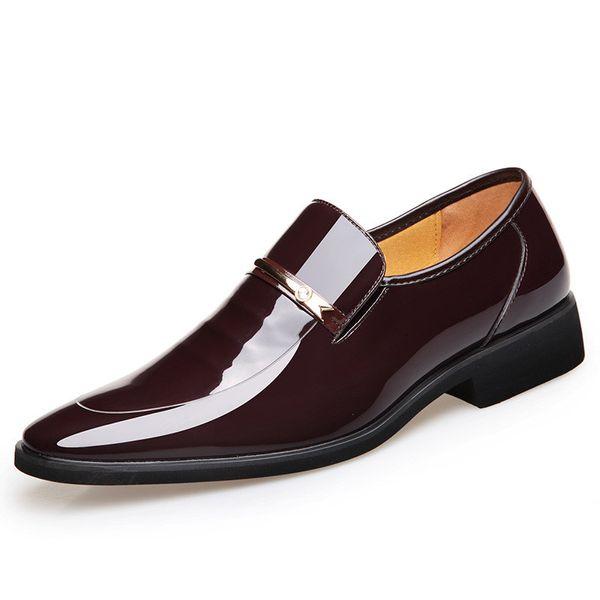 Bout pointu Homme Cuir verni Ascenseur Chaussures Robe Mocassins Noir Casual Hommes D'affaires Oxfords Chaussures Italien Designer Hommes Chaussures Marron