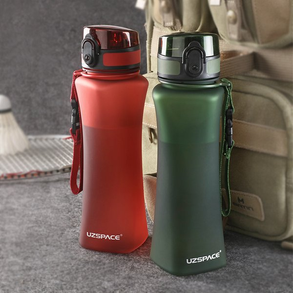 Uzspace Sports Bottles 500ml Fashion 6 Colors Protein Shaker Hiking Travel My Bottle For Water Plastic Drinkware Bpa Free Q190525