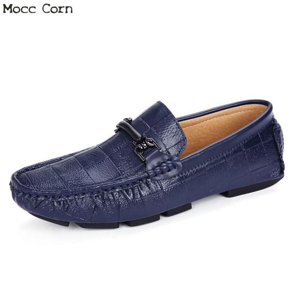 Mocasines para hombre Pisos Zapatos de cocodrilo azul Hombres Mocasines Cuero genuino para hombre Resbalón en los zapatos de conducción Mocassin Homme Otoño