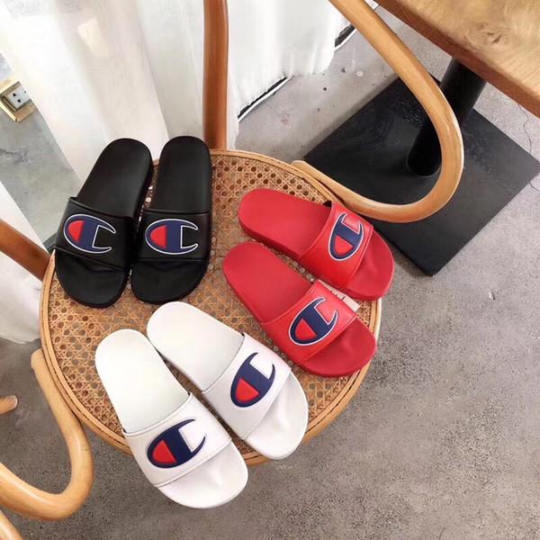 Campeón Diseñador Sandalias Hombres Mujeres Sandalias de lujo Mulas Slip On Flip Flops Sandalia plana Marca Zapatillas de baño de playa zapatos a prueba de agua C62503