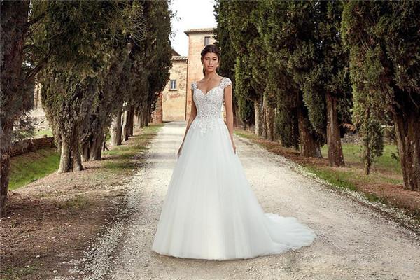 Sposa A Line Wedding Dresses sexy lombo-sacrale cap maniche lunghe appliqued Tulle nuziale Country Garden Abiti Abiti da sposa