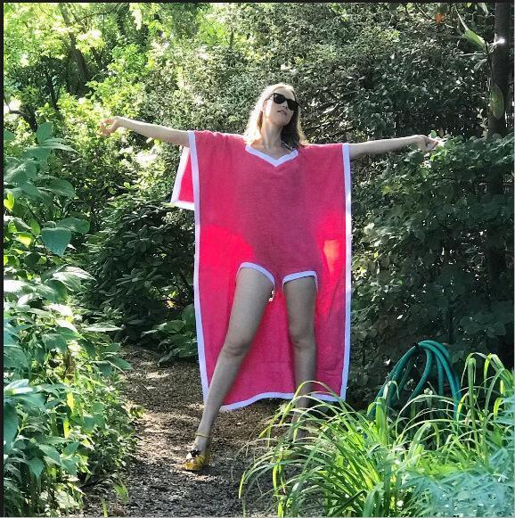 Towelkini Badetuch Bademantel Badetuch ändern Poncho Quick Dry Outdoor Sports Bademode Schwimmen Handtuch Cape Festroben 180 * 75cm TL942