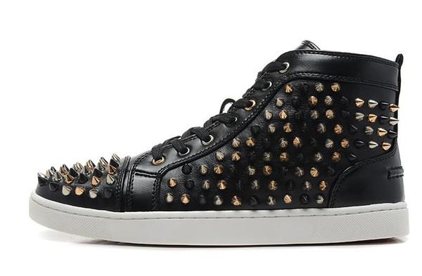 2019 diseñador de moda de la marca Studded Spikes Flats zapatos para hombre sandalias inferiores rojas para hombres y mujeres amantes de la fiesta zapatillas de deporte de cuero genuino