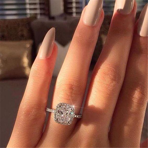 Bijoux de luxe 925 Coussin en argent sterling forme topazes CZ diamant Gemstones femmes mariage Fête de fiançailles Bague pour Lovers de cadeau