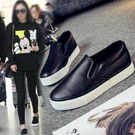 2019 bahar yeni vahşi bir pedal Kore öğrenci tembel beyaz kanvas ayakkabılar bayan ayakkabıları gelgit.
