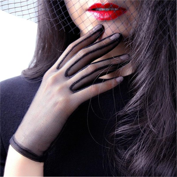 Black Silk Women Short Gloves Lace Mesh Gauze Ultra-Thin Retro Boda vestido Sunscreen Beauty Women's Gloves Touch Screen TB55-1
