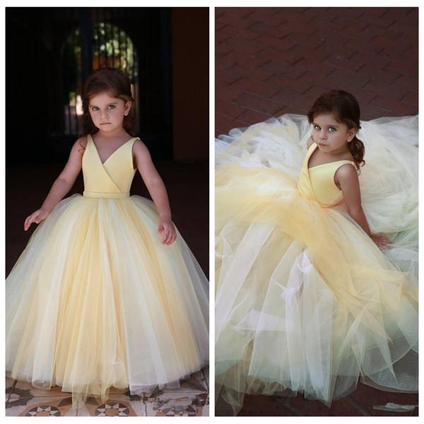 V-Boyun Kolsuz Balo Sarı Çiçek Kız Elbise Tül 2020 Seksi Çocuklar Örgün Parti Pileli Kat Uzunluk Balo Gowns Wear