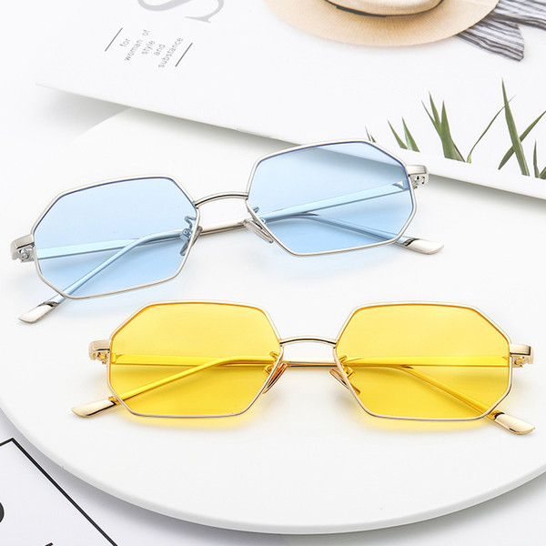 Small box sunglasses new Europe and America retro polygon sunglasses metal frame ocean piece sunglasses