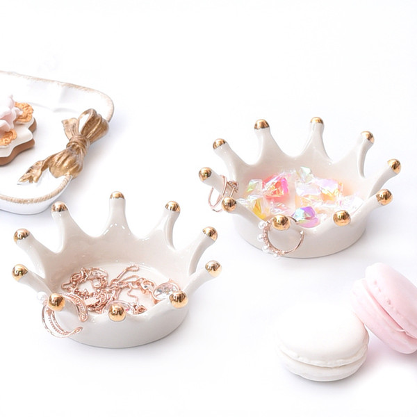 [DDisplay]Porcelain White Crown Ring Jewelry Tray Personalized Bracelet Organizer Case Little Girls Necklace Glamour Earrings Display Holder