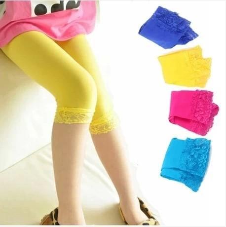 Девушки кружевные леггинсы конфеты цвет детей детские летние кружева эластичные узкие леггинсы дети обрезанные узкие брюки AAA1817