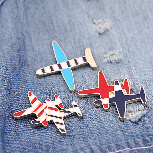 Free Shipping Cute Cartoon airplane Brooch Pin Button Pins Girl Jeans Clothes Decoration Fashion Jewelry For Gift Wholesale