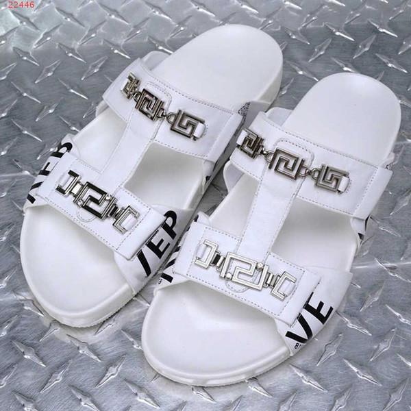 Мужская мода черный Метизы украшения соломы Спортивные тапочки летние сандалии классический стиль мужской обуви Размер 38-46
