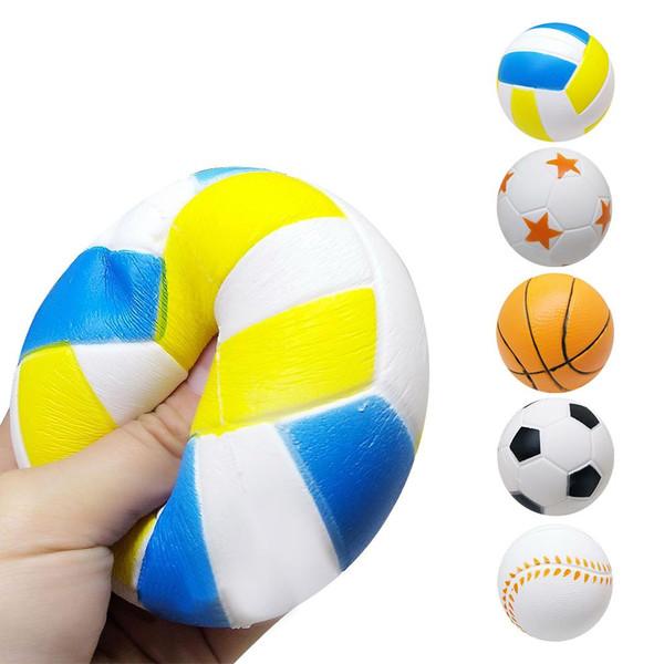 9CM Squishy Langsam steigender Sport Ball Fußball Basketball duftende Squishies Sport Ball Party Favors für Erwachsene Kinder Squeeze Toys