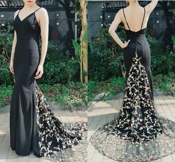 Sexy Black Printed Flowers Evening Bridesmaid Dresses With Spaghetti Straps Mermaid Satin Backless Prom Party Homecoming Dress Cheap