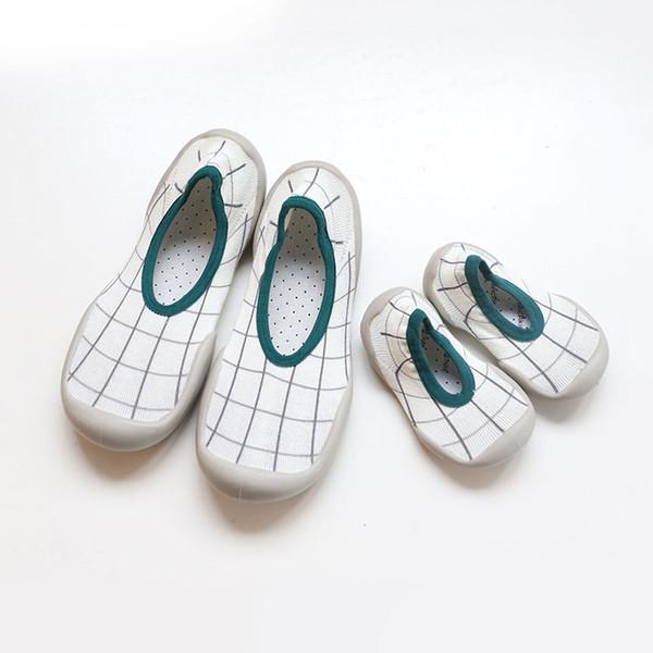 Kauçuk Tabanlar ile bebek Çorap Ayakkabı Ebeveyn-çocuk Kapalı Kat Çorap Anti Kayma Yumuşak Taban Çorap Elastik Kumaş Örme Bebek Terlik