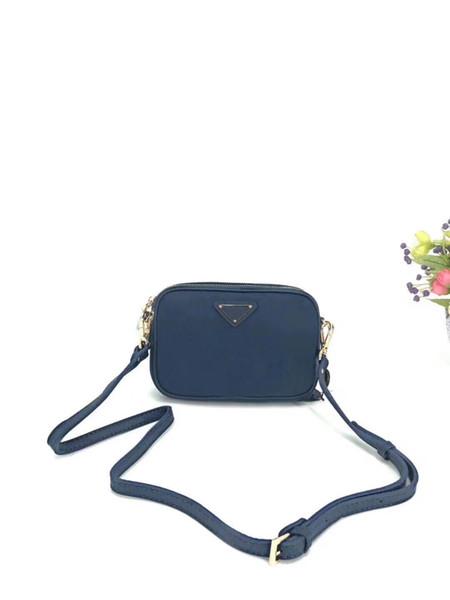 2019 y venta al por menor de moda de lujo bolso clásico paracaídas nylon impermeable Oxford tela casual hombro colgante pequeño bolso cuadrado embrague ba