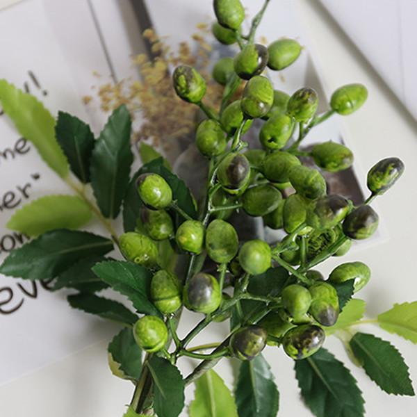 Simulazione decorativa della frutta della bacca della frutta del mirtillo Pianta artificiale per la cerimonia nuziale della decorazione del partito della casa di nozze di DIY
