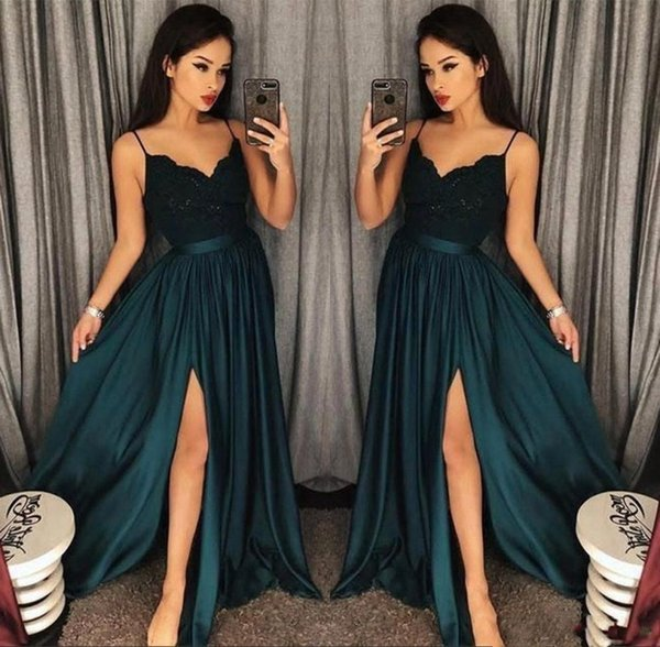3c214a300 Elegante A Linha Blackish Verde Vestidos de Baile 2019 Recorte Lado Fenda  Vestidos de Noite Lace