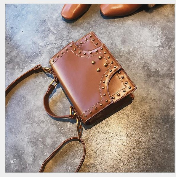 Wholesal New Style Women Casual Pu Handbags Flap Patchwork Artwork Button Shoulder bags Message Rivet Bags