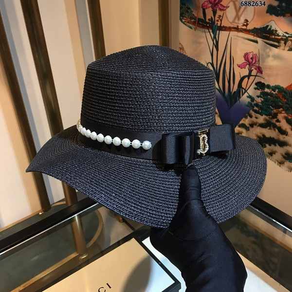 New 2019 European and American fashion trend small hat brim, the hat is super, whether it is the beach or leisure are very popular