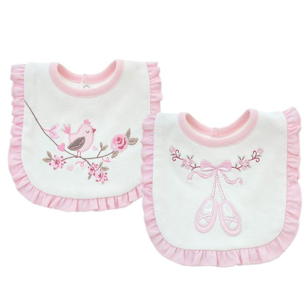 2 слоя хлопок Baby Pink Flowers Lace нагрудники Водонепроницаемый Bandana ребёнка Вышитых нагрудники Отрыжка Полотно Одежда Полотенце