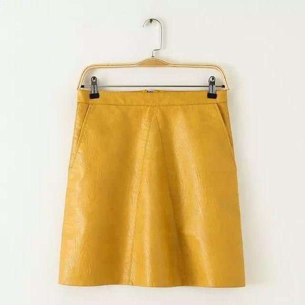 Un amarillo