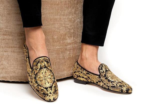 extremadamente único tienda oficial nueva apariencia Compre Zapatillas De Lonas Doradas Para Hombre Lonas Bordadas A Mano  Zapatos De Punta Redonda Resbalones En Los Zapatos De Vestir Bordados Pisos  De ...
