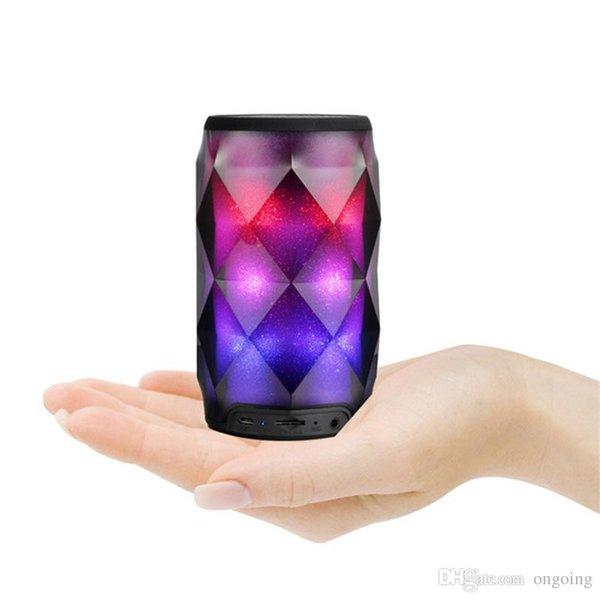 2019 LED haut-parleur portable Bluetooth lampe sans fil Bluetooth Haut-parleur Colorfull Profonde Caisson de graves stéréo Mini haut-parleurs portables DHL Livraison gratuite