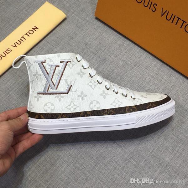 lisy6Newest Rhyton Leder Sneaker Herren Designer Schuhe mit Strawberry Wave Mund Tiger Web Print Luxus Vintage Trainer Damen Designer Schuh