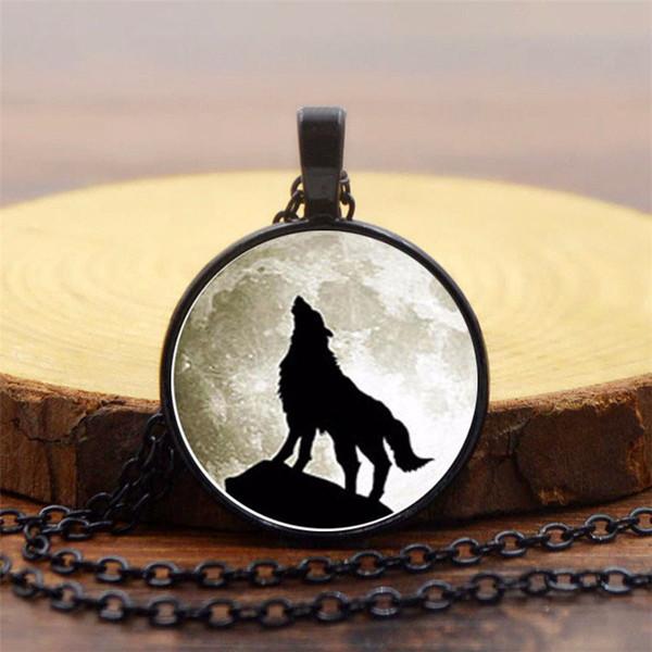 2019 Fashion Creative Pendant Item Howling Wolf Time Gem Necklace Vintage Alloy Pendant Necklace Sweater Chain Wholesale