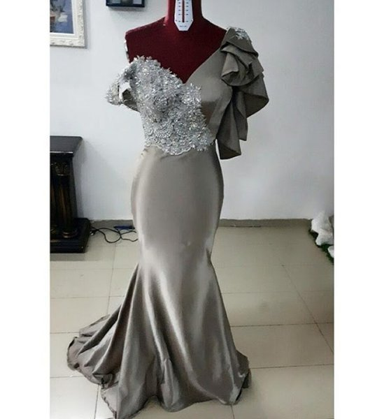 Grey Sexy Mermaid 2019 African Evening Dresses V-neck Satin Lace Beaded Prom Dresses Cheap Formal Party Bridesmaid Pageant Gowns ZJ010